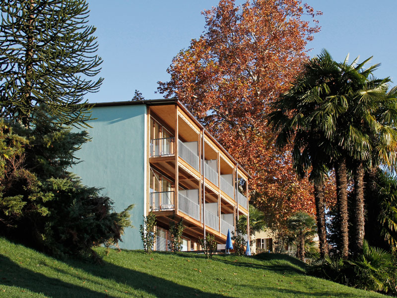 Holiday apartment house or camping in ticino the hotel for Design hotel tessin